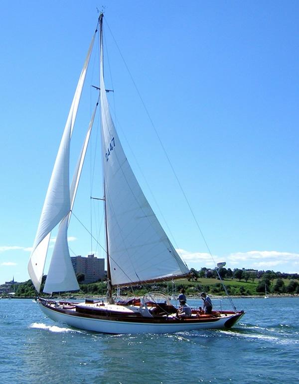 Crusing Sails Photo Gallery Hallett Canvas Amp Sails Inc